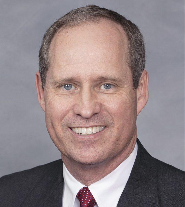 Greg Murphy gana la segunda vuelta de las primarias republicanas en el Distrito 3