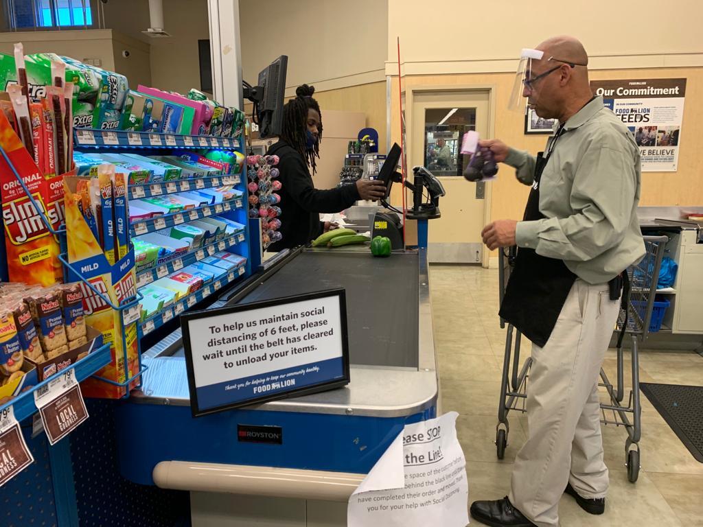 niños en escuelas públicas recibirán ayuda para comprar alimentos