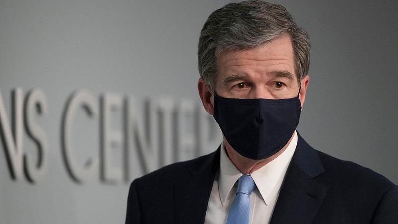 Gobernador de Carolina del Norte, Roy Cooper